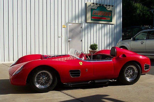 Ferrari custom 1958 Testa Rossa replica