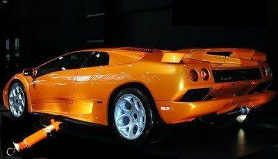 Lamborghini Shock Absorber rebuilding
