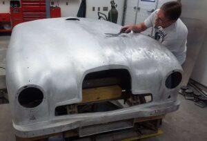 auto body technician aston-martin-body-repair